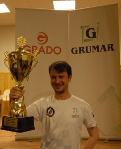 Vítěz turnaje GM Alexey Kislinsky